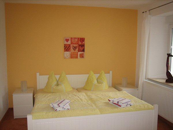 FeWo Papststein Schlafzimmer2